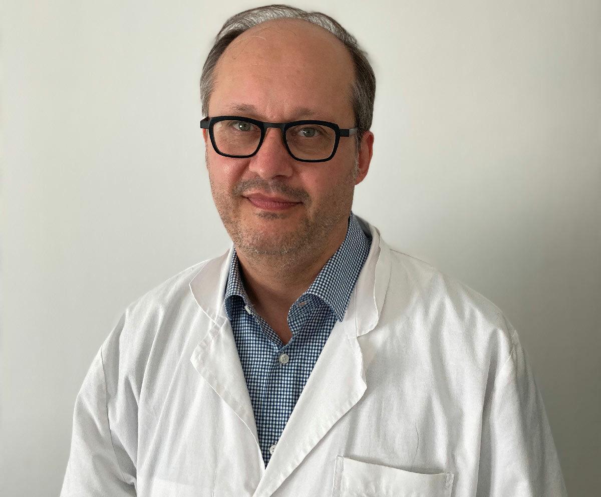 Docteur Matthieu Carlier, chirurgien vasculaire, vous reçoit à la Polyclinique de Picardie à Amiens.