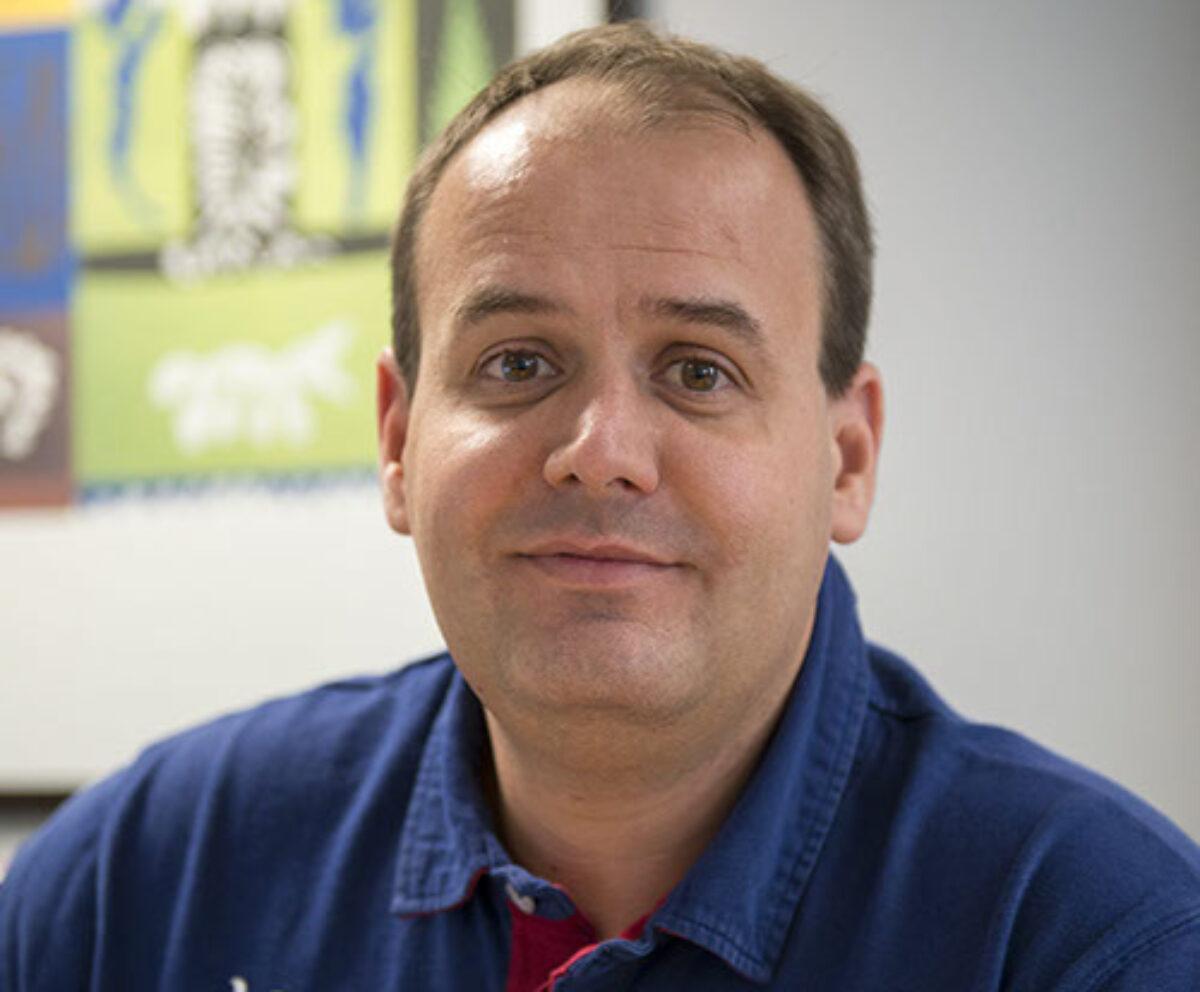 Docteur Jean-Sébastien Mallet, cardiologue, est spécialiste du cœur et de ses pathologies ainsi que des problèmes vasculaires.